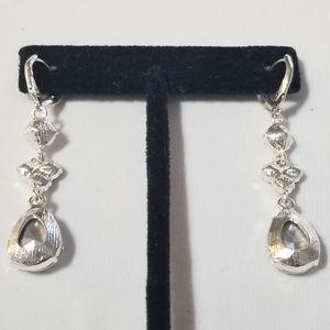 1FASHIONGURU Jewelry - 2 For 20 Jewel Earrings